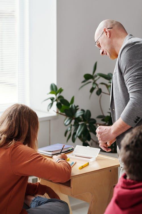 Designing out plagiarism for online assessment